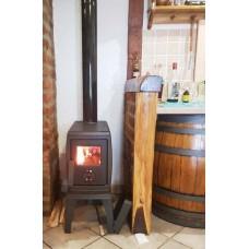 дровяная печь для отопления дома.Фото
